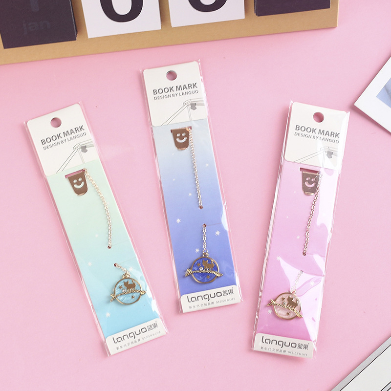3 Pcs/Set Kawaii Space Cat Kitten Metal Pendant Bookmark Cartoon Book Holder Gift Stationery