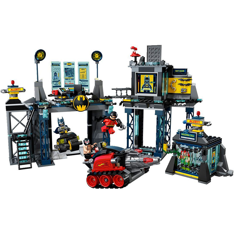 Classic Batman Robin Base cave rescue Poisonous female figures weapom compatible legoinglys Super hero Building Blocks gift hot compatible legoinglys batman marvel super hero movie series building blocks robin war chariot with figures brick toys gift