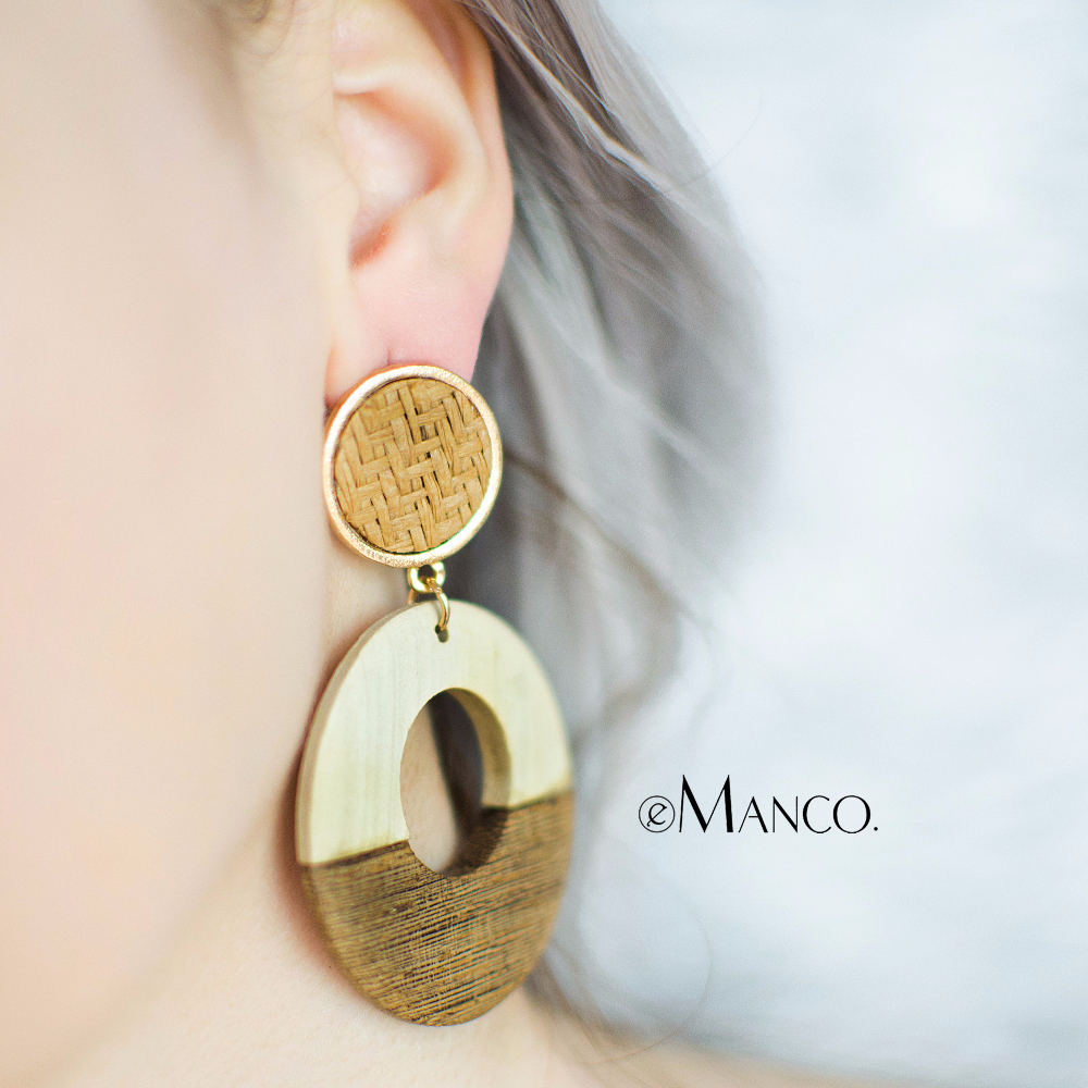 eManco Vintage Wood Dangle Earrings Gold Color Alloy Round Hole Drop Earrings Jewellery boucles d'oreilles pour les femmes 2018 faux rammel alloy round square earrings