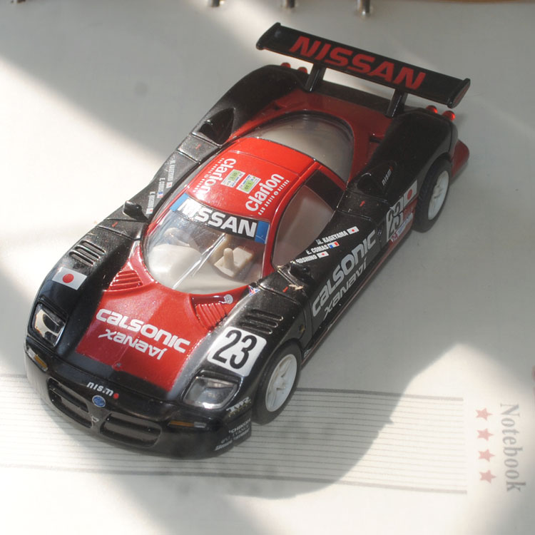 brand new yj 143 scale japan calsonic nissan r390 gt1 23 racing car diecast metal car model toy for giftkidscollection