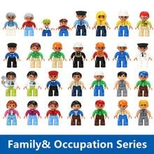Grandes Blocos de Construção de Membros Da Família Médico Cinderela Princesa Palhaço Castelo Pirata Role Play Figuras Bricks Brinquedos Compatível Duplo