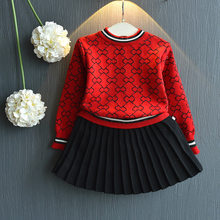 3c52eb06f Las chicas de moda conjunto de ropa de niños de manga larga de invierno  trajes de camisa suéter y falda, 2 piezas niños ropa con.