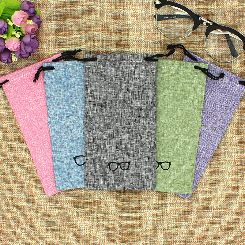 1Pcs New Good Quality Portable Glass Bag Linen Fabric Smooth Surface Sunglasses Pouch for Eyewear Container Glasses Bag