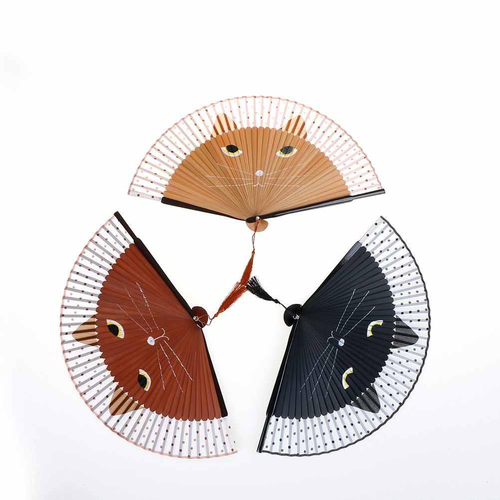 Moda Gato Dos Desenhos Animados Pintados À Mão Ventilador de Seda Ventilador de Dobramento de Bambu do Ofício Do Natal Presente Do Favor de Partido Mulheres Do Vintage Decoração de Dança Do Miúdo brinquedo