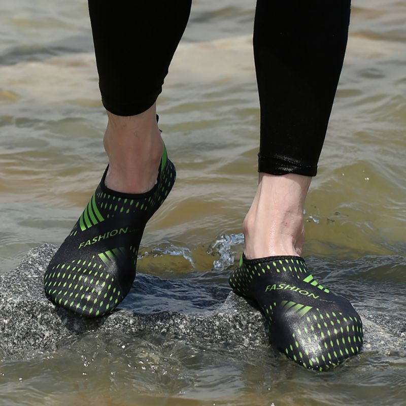 2018 Wading Couples Swimming Beach Shoes Beach Swimming Shoes Quick-drying Wading Non-Slip Shoes