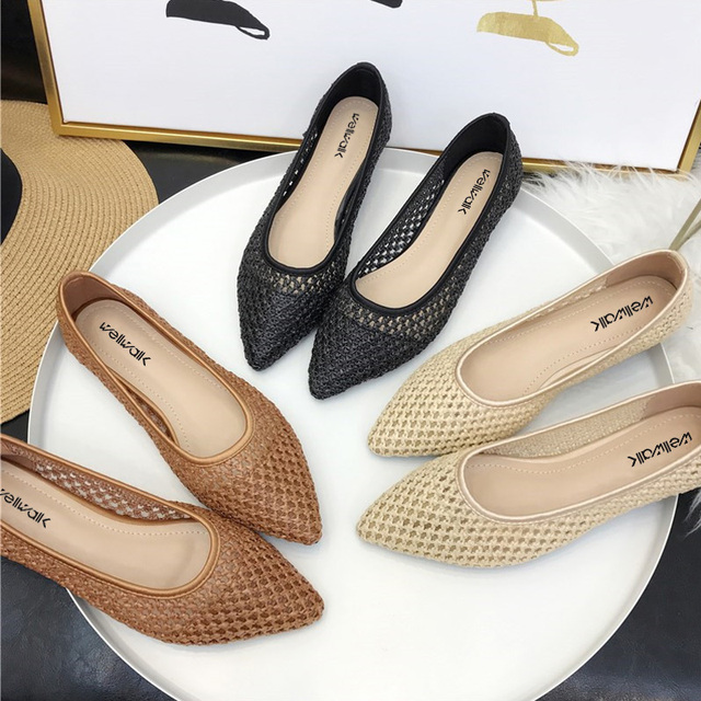 Breathable Cane Ladies Flat Shoes 2018 Casual Grass Women Ballet Flats For  Spring Autumn Casual Dress 45c677edc13c