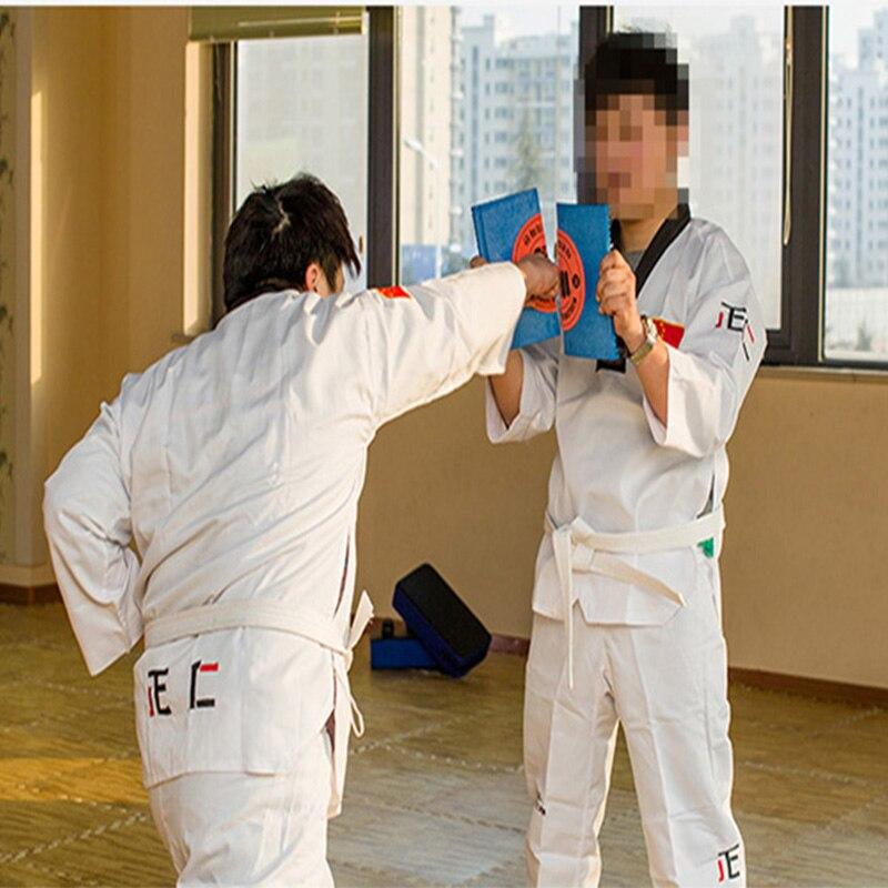 Placa para treinamento de artes marciais reutilizável