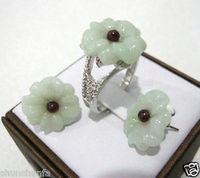 Heißer verkauf Große natürliche Weiß Feinstein Gravierte Blumen-design Ohrring