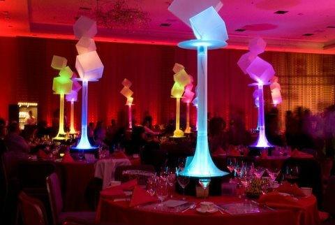 Mnoho 5 dobíjecích dálkových ovladačů LED svícny svícny pro křišťálové svícny