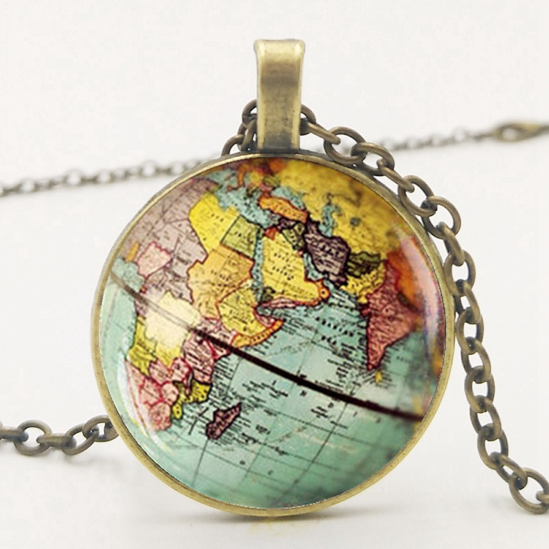 Family Decor Vintage Antique World Globe Map Pendant Necklace Cabochon Glass Vintage Bronze Chain Necklace Jewelry Handmade