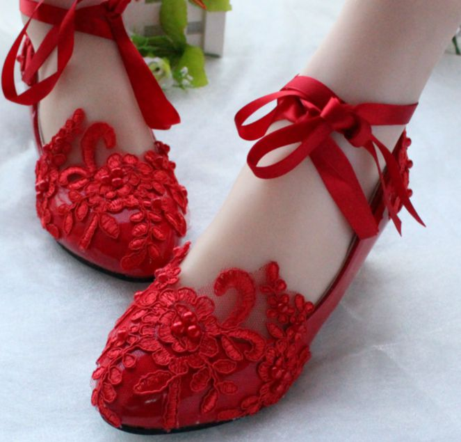 2017 new fashion red party shoes low high heel lace sexy ribbons female ladies proms red dress pumps shoes in discount тостер ariete 186 party time red