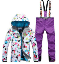 2017 New arrival womens ski suit female skiing snowboarding suit women flower printing ski jacket and violet suspender ski pants