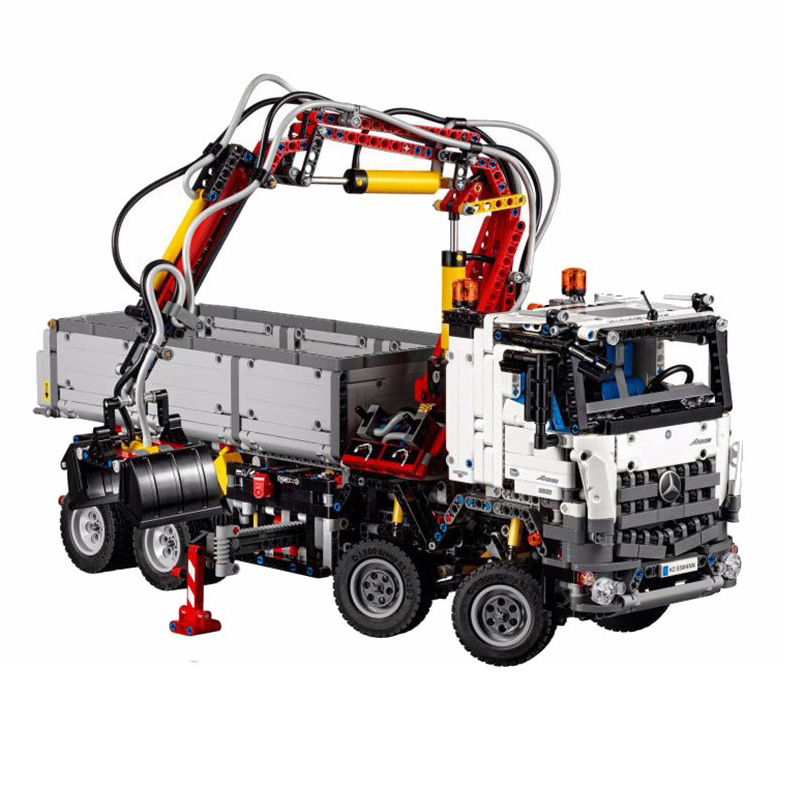 Lepin 2793Pcs Technic Series 20005 Bruns Arocs 3245 Truck Building Blocks Diy Toy for Children Compatible with Legoingly 42043 lepin technic series building bricks 20005 2793pcs arocs truck model building kits blocks compatible 42043 boys toys gift
