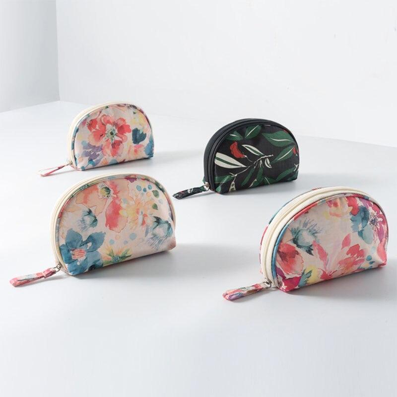 Home Syorage Tools Portable Shell Shape Storage Organize Semicircular Waterproof Cosmetic Bag Make up Storage Bag 1 PCS