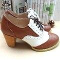 Женщин Кожа ручной работы размер США 8 коричневый белый круглый toe насос 2017 Британский институт стиле оксфорд обувь для женщин с мехом
