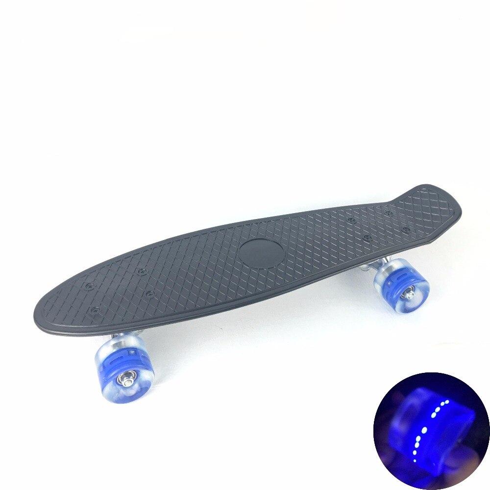 3 couleurs Pastel quatre roues 22 pouces Mini Cruiser Skateboard rue longue planche à roulettes Sports de plein air avec roues lumière LED