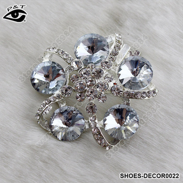 a8e3cdad9b 1Pair/lot Free Shipping Luxurious Flower A Grade Rhinestones Shoe Clips for  Decoration Wedding Shoe Clip 4.4CM-in Shoe Decorations from Shoes