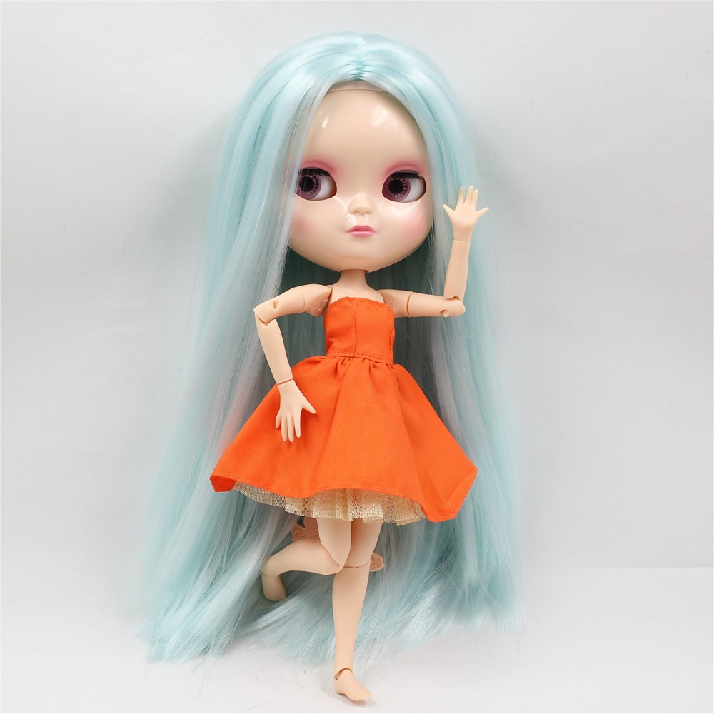 Neo Blythe Doll with Pale Blue Hair, White Skin, Shiny Face & Jointed Azone Body 2
