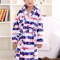 Moda Otoño Invierno Niños Albornoz Suave Pijama de Franela Albornoces infantiles Niños Espesan Robes Homewear