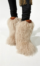 цены на high quality snow boots genuine real hairy ostrich feather furry fur women's high boot winter women snow shoes T stage show  в интернет-магазинах