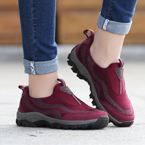 New Womens Outdoor Shoes Warm Winter Fleece Shoes four season Hiking shoes Women Slip-on non slip Walking Shoes no lace sneakers Pakistan