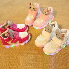 New 2017 LED shinning fashion cartoon baby boots Cute high quality lighting girls shoes hot sales glowing fashion baby sneakers