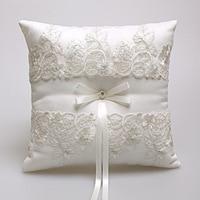 Western-Style Elegant Lace Rose Ivory Romantic Wedding Favors Gift Ring Pillow Cushion Wedding Decor Ring Bearer Ring Holder
