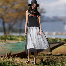 LIEBO 2016 Summer New Arrival Fashion Sweet O Neck Sleeveless Black Floral Embroidery Fake Two Pieces Slim Long Dress Women