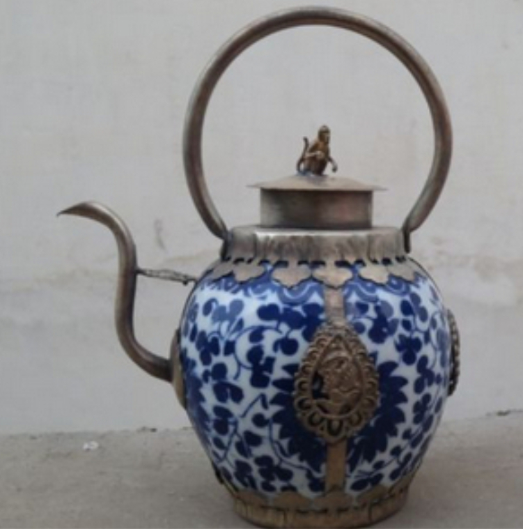 Chinese blue and white ceramic and white copper flagon teapot fast shipping