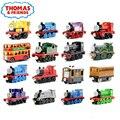 Nuevo Una Pieza de Metal Fundido A Presión Thomas y Sus Amigos Entrenan Megnetic tren de juguete del tanque motor trackmaster toys for kids niños regalos