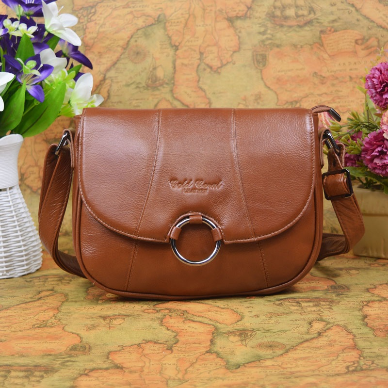 2017 New Hot !gold coral  woman genuine leather bag OL Hundred collocation Fashion  Inclined shoulder bag
