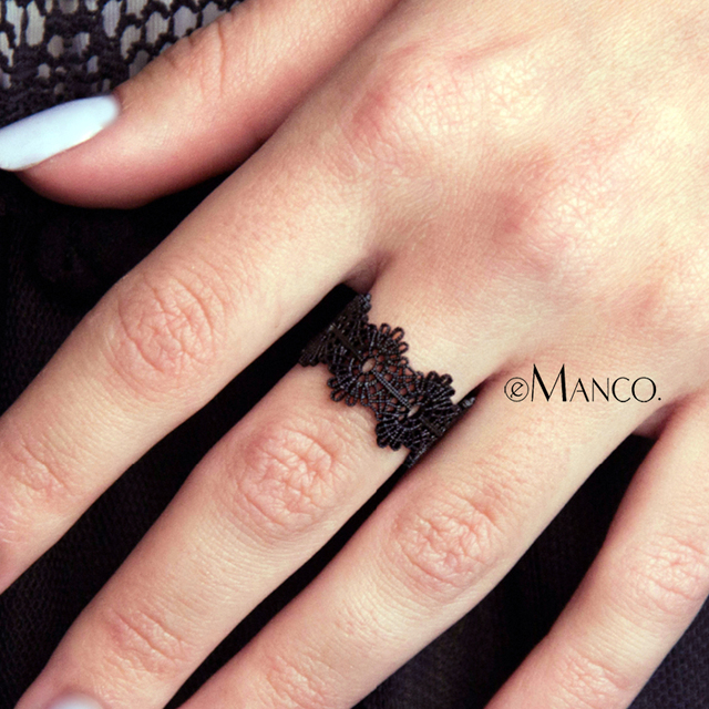 eManco Mini Charming Lace Fine Rings Vintage Cuff Adjustable Round Rings Black&R