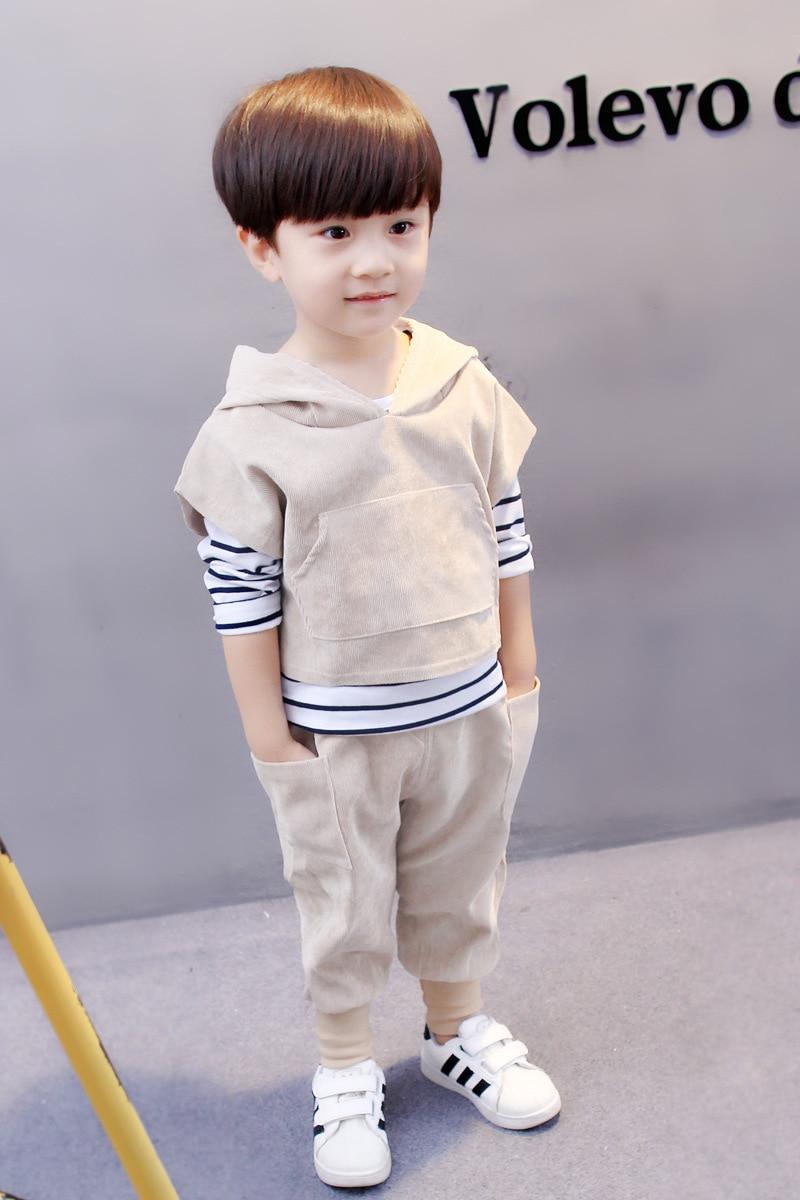 Le garçon costume 2019 printemps et automne garçons costume nouveau bébé à manches longues velours côtelé à capuche trois pièces costume 1-2-3-4 ans bébé vêtements