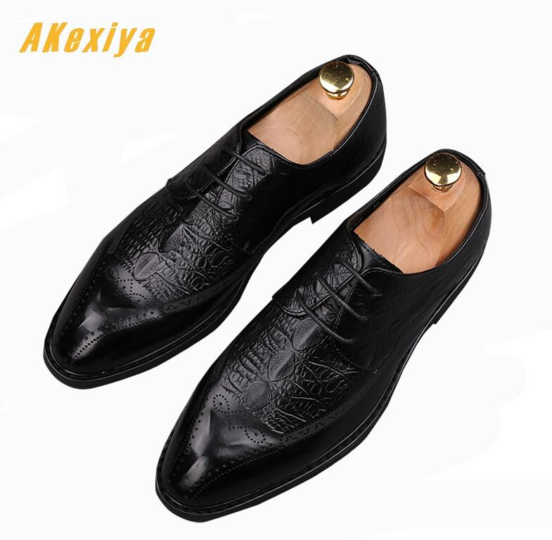 Helpful 2018 British Style Trendy Men Pointed Rivet Rhinestone Shoes Male Homecoming Prom Dress Wedding Oxford Shoes Zapatos Hombre Vest Men's Shoes Shoes