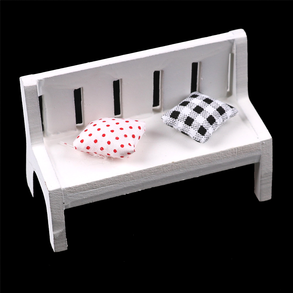 1 Pcs Fasion Wooden Chair Bench Furniture Toys Cute Dollhouse Miniatures  For Garden Outdoor Decor