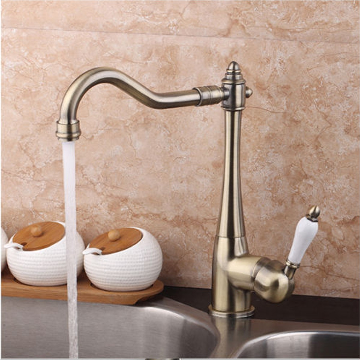Xueqin Antique Copper Bathroom Basin Faucet Deck Mounted Classic Single Handle Mixer Tap Bathroom Sink Faucet Hot and Cold Water cock robin