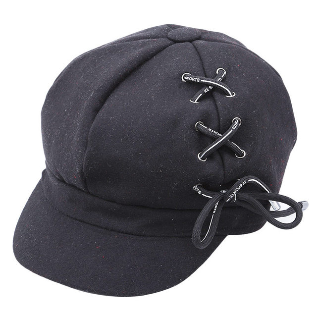 Personality Shoelace Beret...