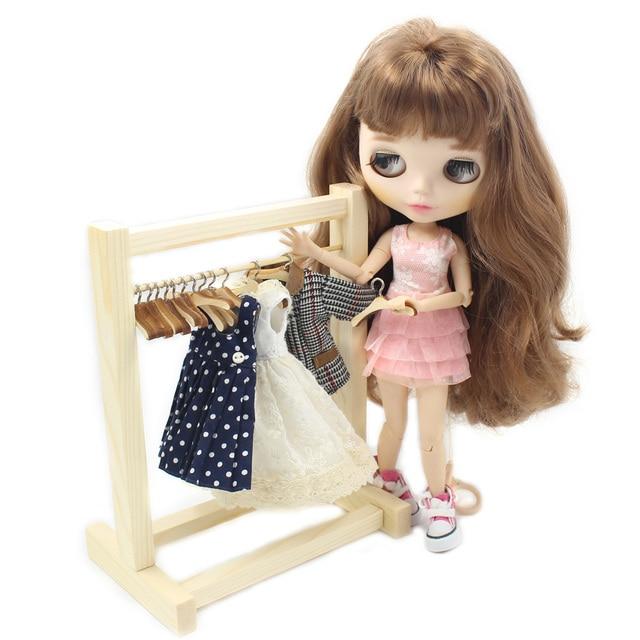Blythe Doll Furniture Wooden Cloth Hanger