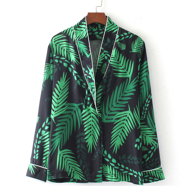 2017 Vintage Ethnic Green Leaf Print Women Blouse shirts Long sleeve Fashion V-Neck Loose Femininas Blusas mujer Casual Tops