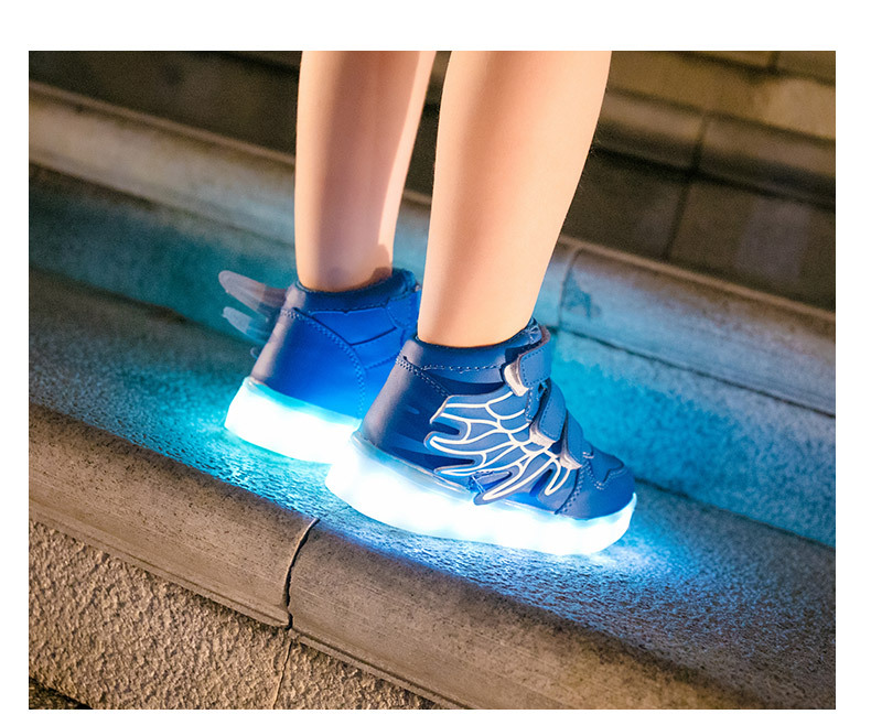 HTB1LaKYa8jTBKNjSZFDq6zVgVXam - UncleJerry Kids Light up Shoes with wing Children Led Shoes Boys Girls Glowing Luminous Sneakers USB Charging Boy Fashion Shoes