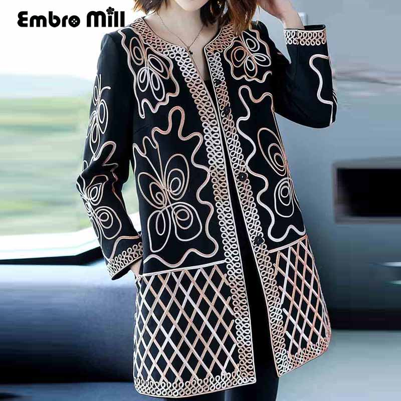 Vintage floral Winter Embroidered Outwears woman O-neck 3/4 sleeve high quality elegant lady plus size casual   trench   coat M-4XL