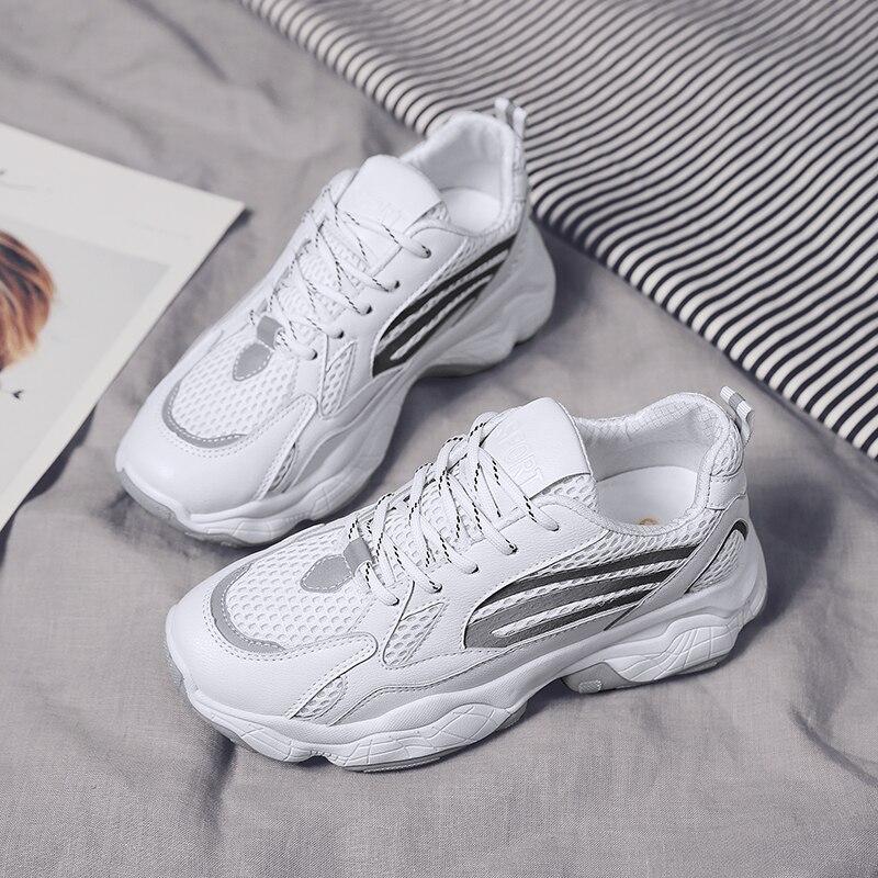 2019 femmes chaussures automne blanc chaussures baskets femmes marque de mode rétro plate-forme chaussures pour dames respirant yonggeld003