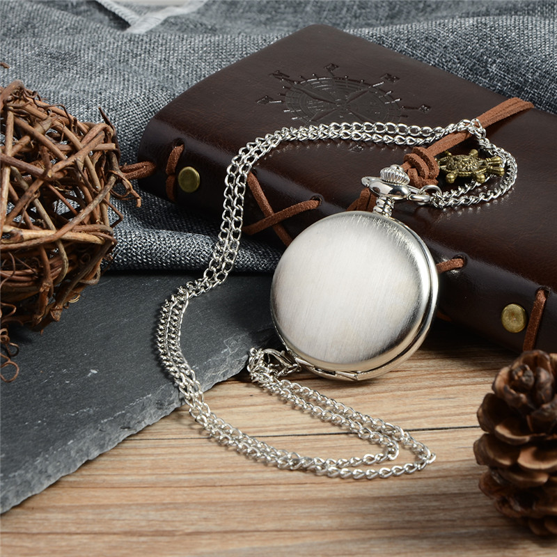 Classical Silver Polish Smooth Pocket Watch Men's Women Quartz Watch Pendant Necklace Hour Clock With Chain Relogio De Bolso lancardo fashion brown unisex vintage football pendant antique necklace pocket watch gift high quality relogio de bolso