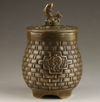 Elaborate Chinese Classical Vintage  Handmade Old Copper Fish Jar / Pot
