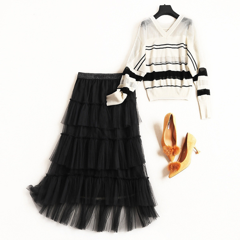 Women casual hollow out knit sweater tops V-neck pullovers + layered mesh cake skirt suits 2 piece set new 2019 spring black