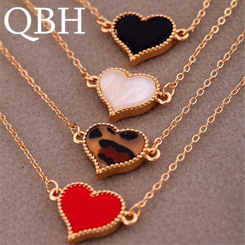 L077 New Fashion Cheap Official Charm Chain Heart