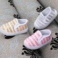 2016 Meninos Novos Do Bebê Gilrs Sapatilhas com Luz Pouco Crianças Sapatas Do Esporte Da Criança Sapatos Outono Crianças Sapatos de Malha Listrado