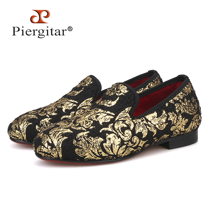 Piergitar 2018 New kid velvet shoes with Gold Flower printing Handmade children s loafers party and