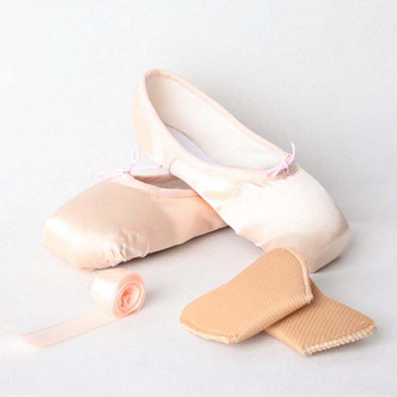 Wholesale Ballet Shoes For Girls Satin Canvas Pointe Shoes With Ribbon And Gel Toe Pad Dance Womens Child Flats High Quality