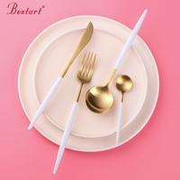 24pcs Western Luxury Korean Gold Cutlery Set 18/10 Stainless Steel Frost Knives Forks Tablespoons Restaurant Dinnerware Sets